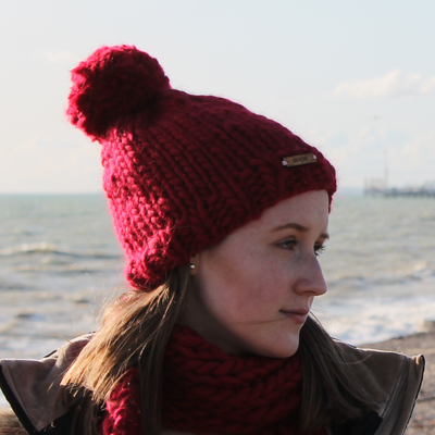 Blood Red Beanie, knitted, handmade, pure wool