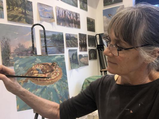 At work in her studio, Jackie has a passion for paint and has been awarded for her brushwork.