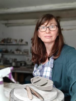Amanda Toms Ceramic Artist