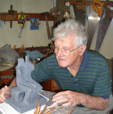 John Brown .Sculpture for the Home, Garden and Workplace.